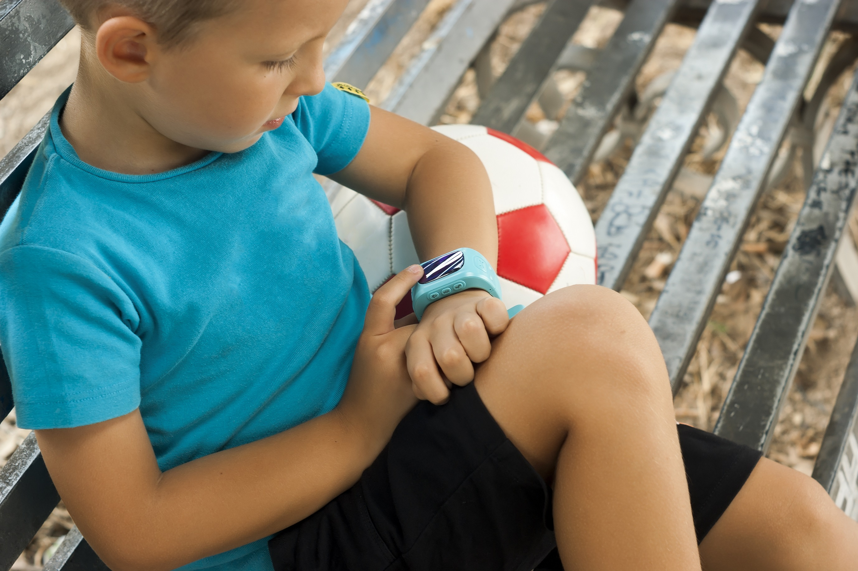 GPS Kinder Tracking Uhr mit Telefon SOS und Telefon - Funktion
